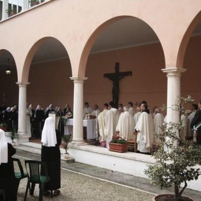 Solenne Concelebrazione di ringraziamento per la proclamazione della Venerabilità di Madre Serafina Farolfi